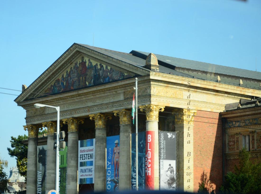 Buda_gallery